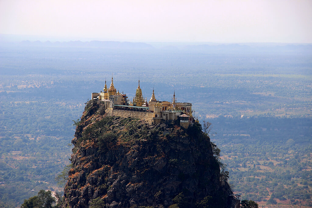 Mount Popa © Laura D'Addio
