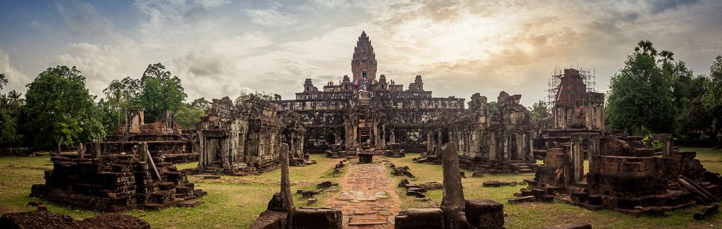 Tempio Bakong, Rolous, Cambogia