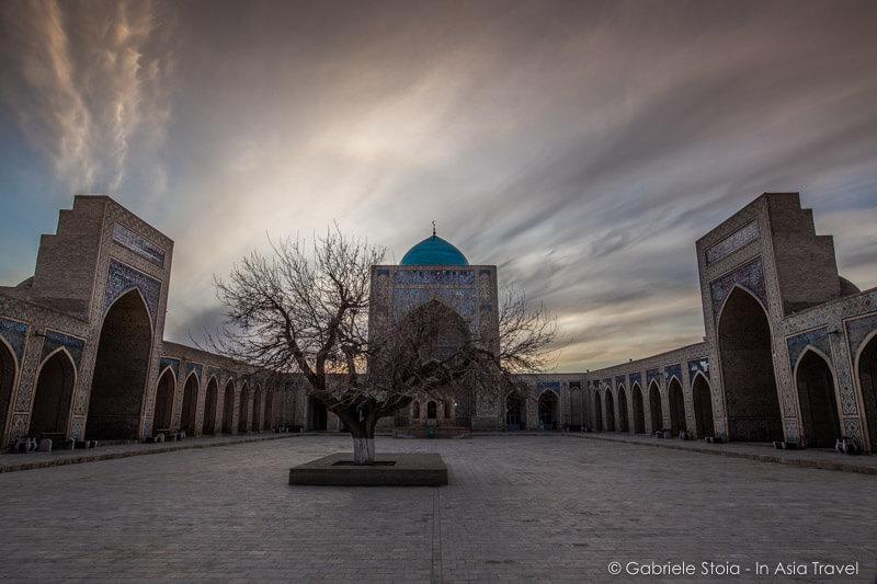 Mosque-Kalyan-Po-i-Kalyan © Gabriele Stoia