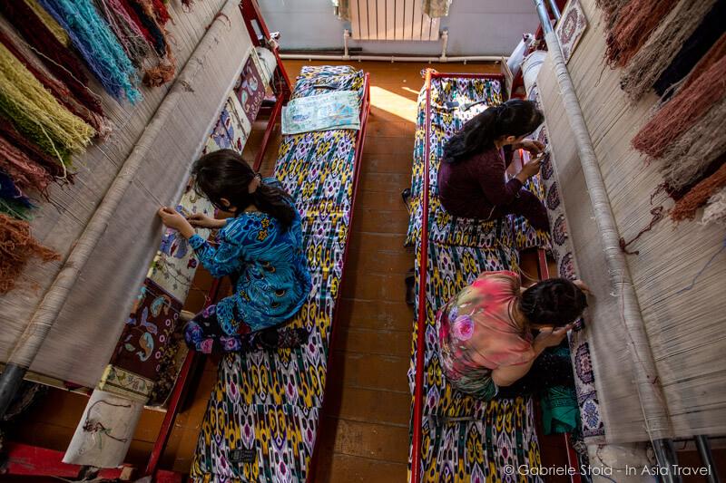 Hudjum carpet factory © Gabriele Stoia
