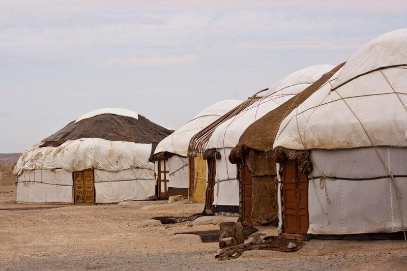 Yurta Kyzylkum desert