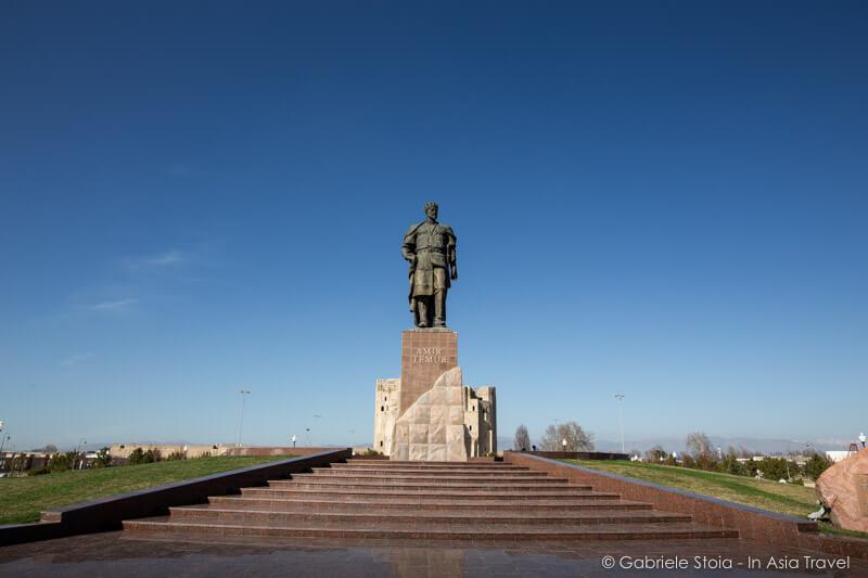 Amir Timur statue © Gabriele Stoia